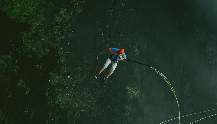 Bungee Jumping. Bungy Jumping